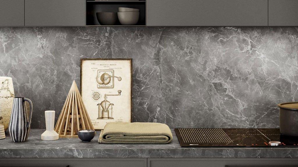 crédence marbre cuisine industrielle