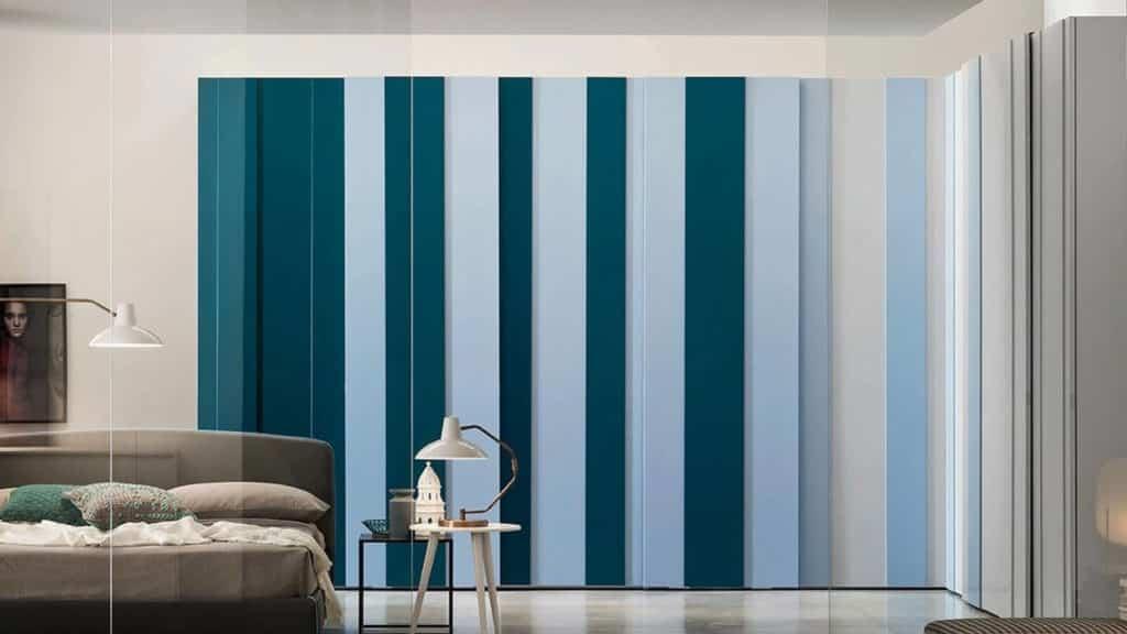 armoire d'angle bleue