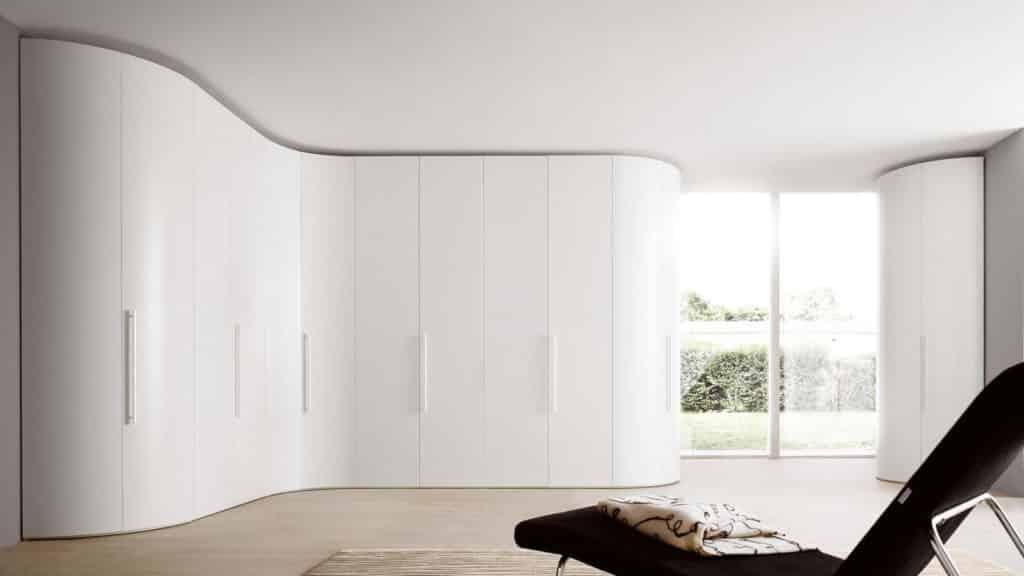 armoire arrondie blanche portes battantes
