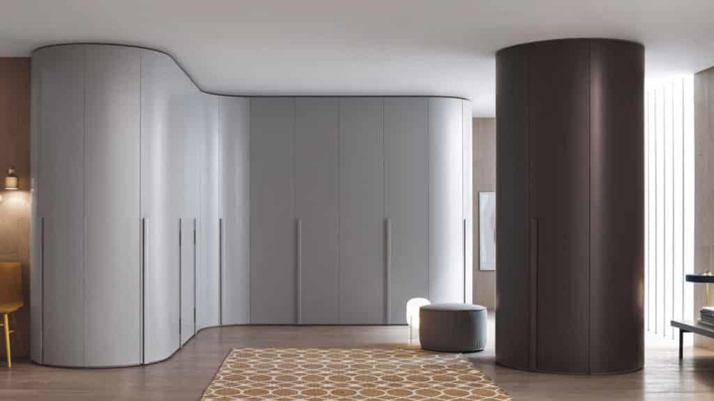 armoire arrondie grise marron portes battantes