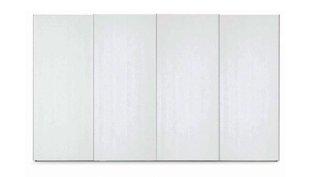 armoire finition bois portes coulissantes