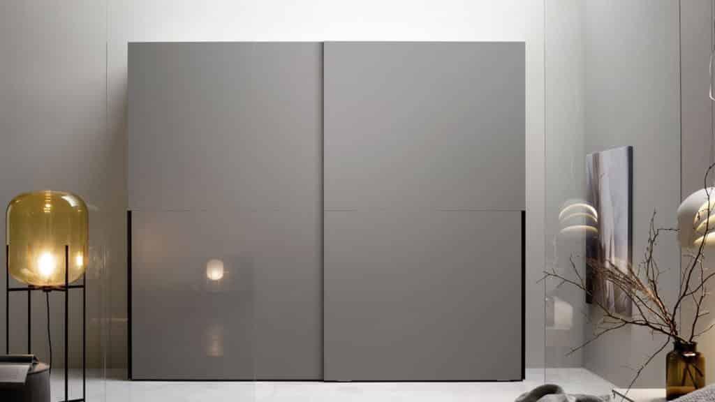 armoire porte coulissante laque grise