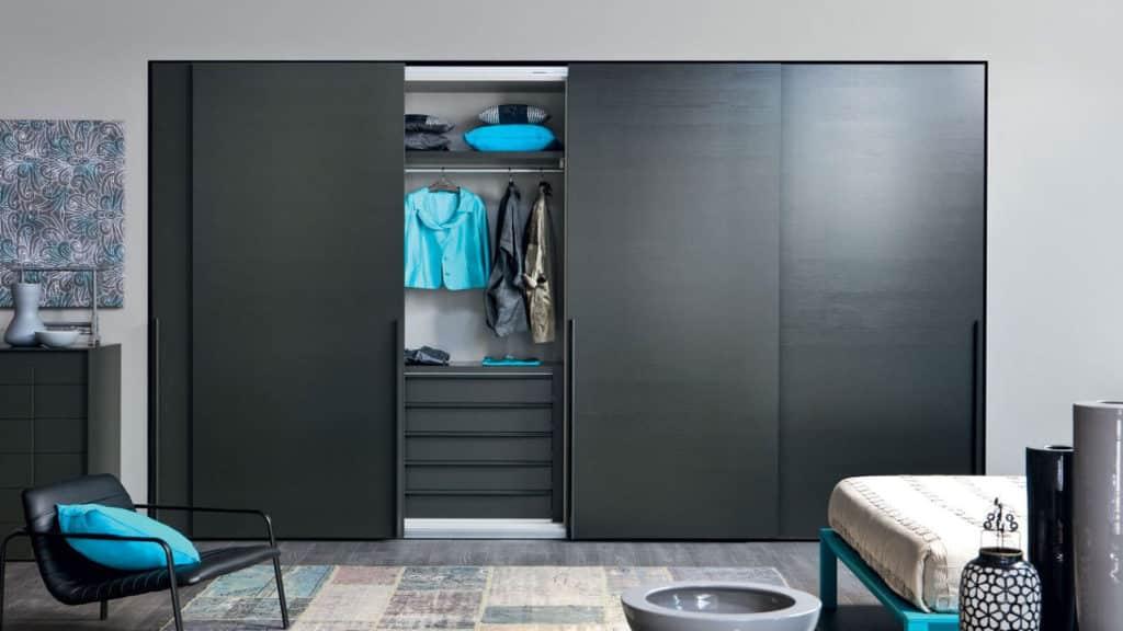 armoire portes coulissantes laque mate
