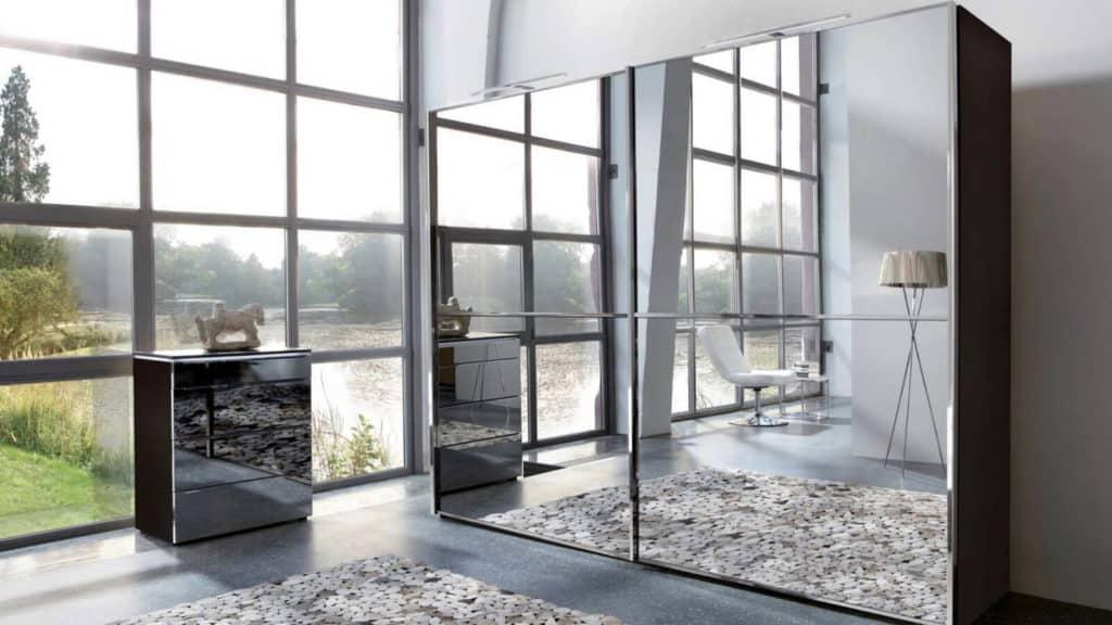 armoire portes coulissantes miroirs
