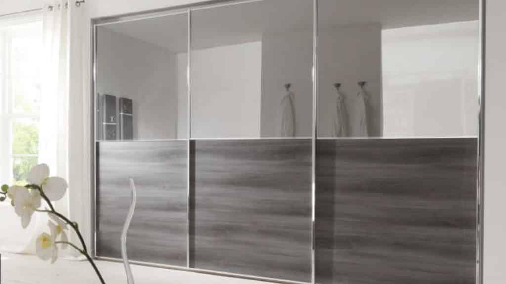 armoire portes coulissantes miroirs bois