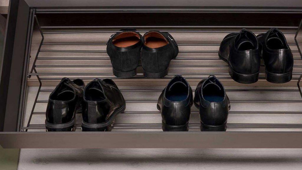 armoire rangements chaussures aménagement dressing