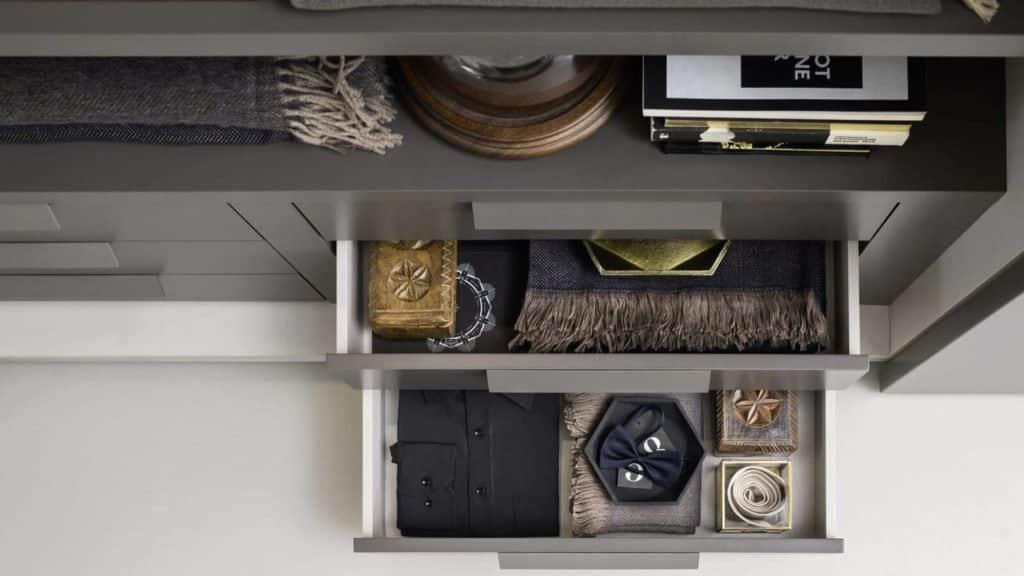 armoire sur-mesure tiroirs gris