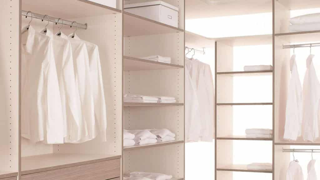 dressing bois blanc ouvert