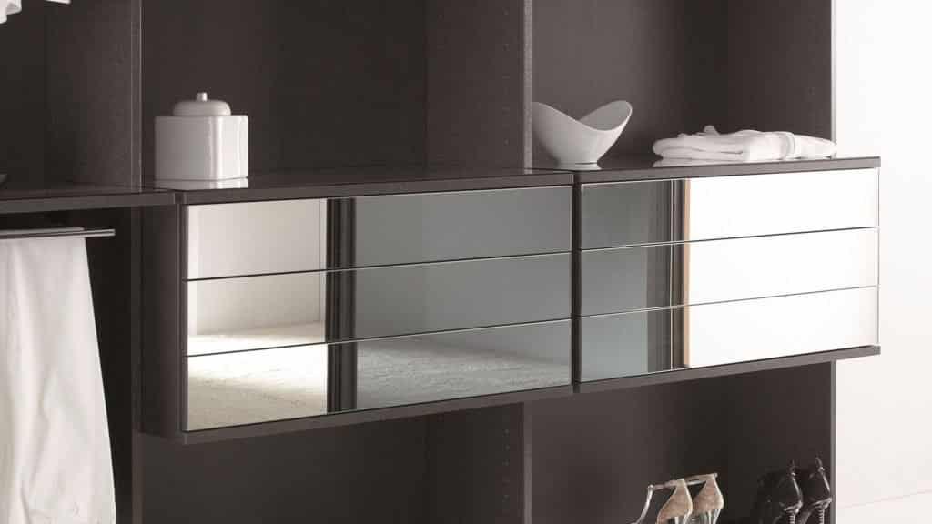 aménagement dressing tiroirs miroir