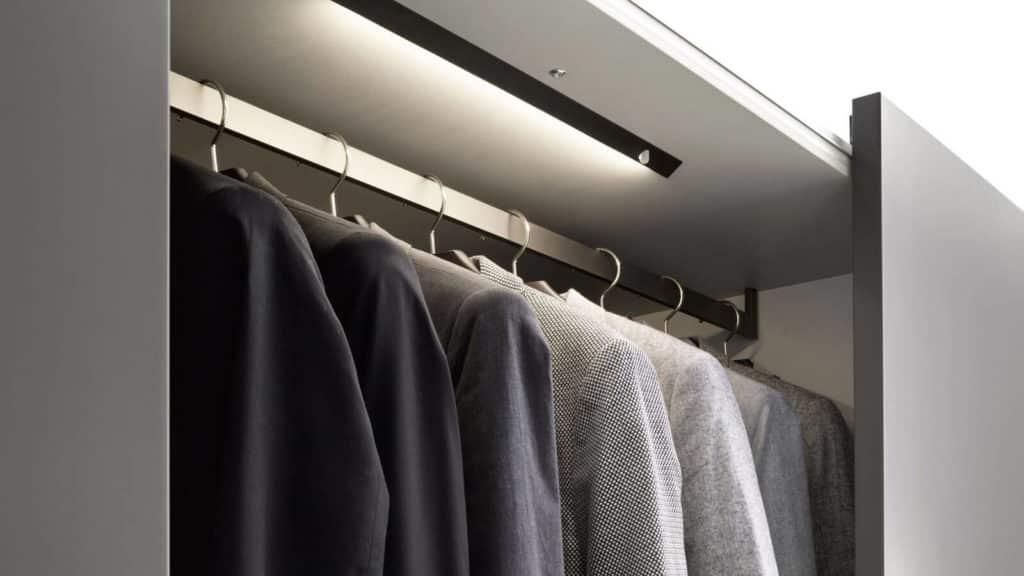 éclairage armoire penderie sur mesure