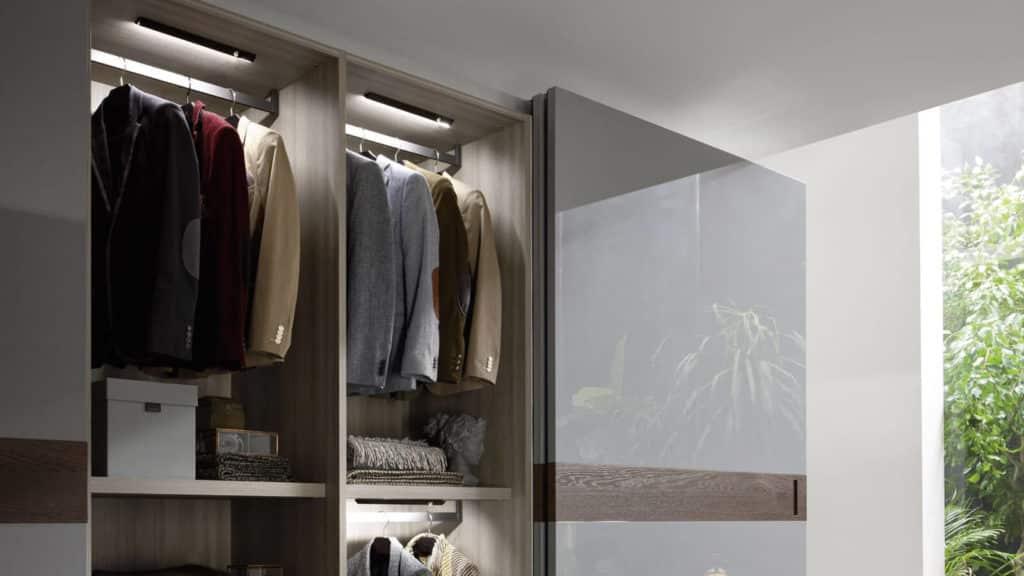 penderie éclairée armoire sur-mesure