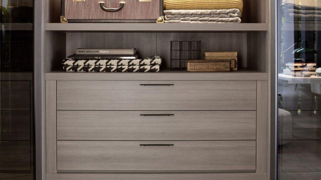 tiroirs bois armoire sur-mesure
