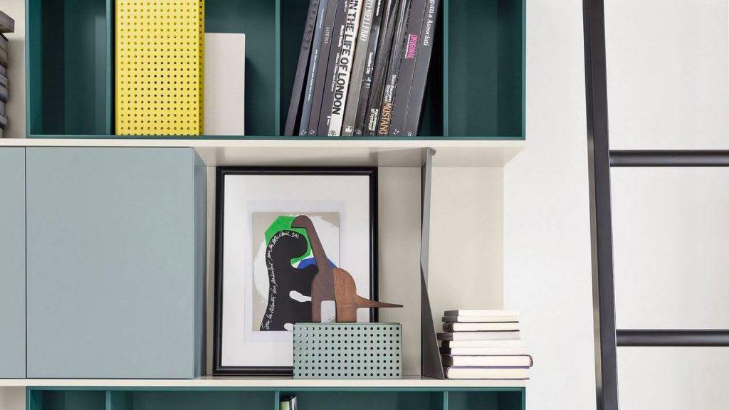 bibliothèque design suspendue lausanne bleue
