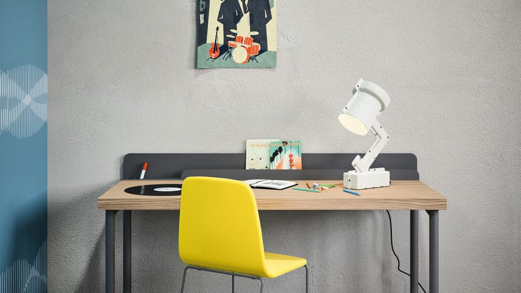 bureau gris bois