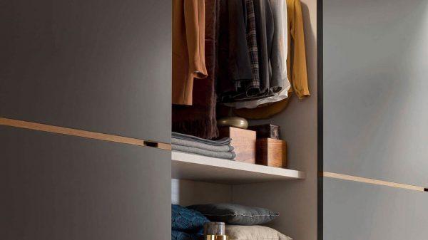 armoire coulissante laque grise